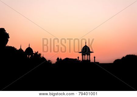 Silhouette of outside premises of Taj Mahal