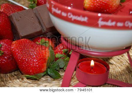 Fondue Chocolate Covered Strawberries