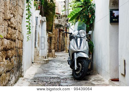 Vespa scooter, Rhodes