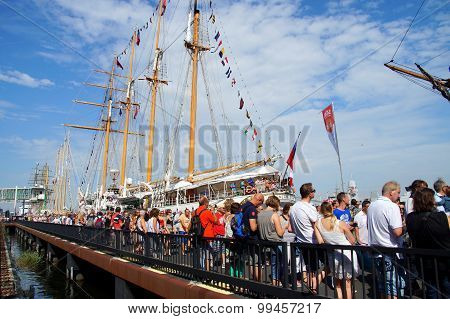 SAIL Amsterdam 2015 - Chilean navy tall ship Esmeralda
