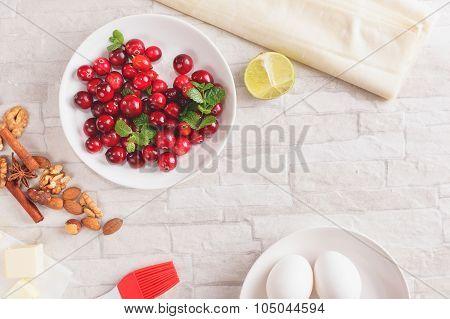 Cranberry and walnut  strudel ingredients