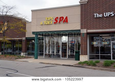Tips & Toes Spa
