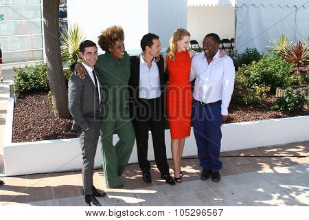 CANNES, FRANCE - MAY 24: Zack Efron, Matthew McConaughey, Macy Gray attends the 'The Paperboy' photocall during the 65th Cannes  Festival at Palais des Festivals on May 24, 2012 in Cannes, France.