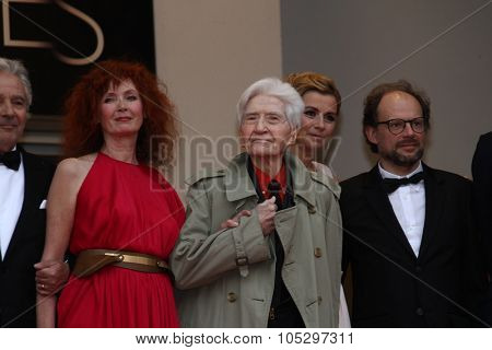 CANNES, FRANCE - MAY 21: Sabine Azema,Denis Podalydes and  Alain Resnais attend the 'Vous N'avez Encore Rien Vu' premiere during the 65th  Cannes  Festival at Palais on May 21, 2012 in Cannes, France