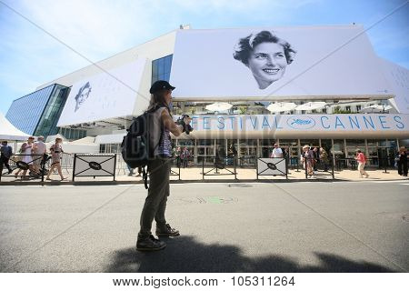 CANNES, FRANCE - MAY 215: A general view of atmosphere on during the 68th Annual Cannes Film Festival on May 12, 2015 in Cannes, France.