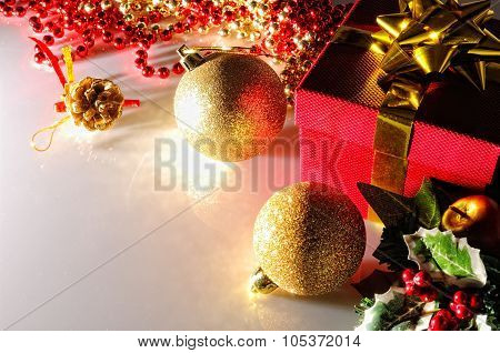 Gloom Christmas Decoration With Two Balls And Gift Top View