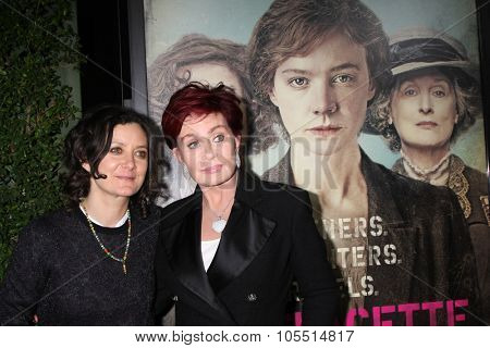 LOS ANGELES - OCT 20:  Sara Gilbert, Shaorn Osbourne at the