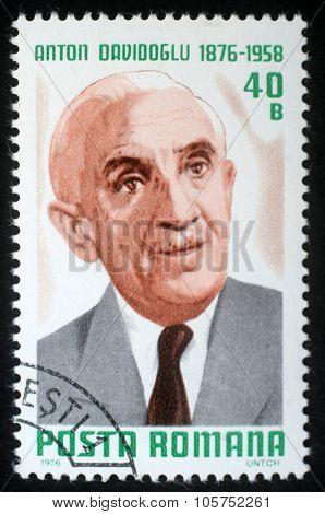 ROMANIA - CIRCA 1976: a stamp printed in Romania shows Anton Davidoglu, matematician, circa 1976.