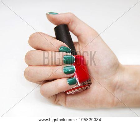 Feminine Nail Art With Nice Glitter, Green And White Nail Polish