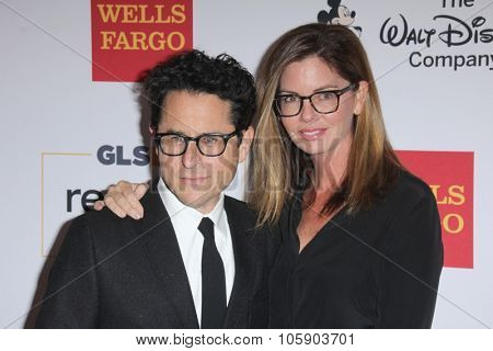 LOS ANGELES - OCT 23:  JJ Abrams, Katie McGrath at the 2015 GLSEN Respect Awards at the Beverly Wilshire Hotel on October 23, 2015 in Beverly Hills, CA