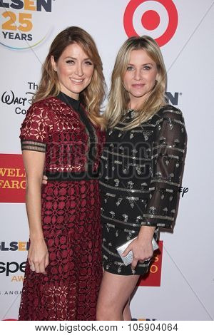 LOS ANGELES - OCT 23:  Sasha Alexander, Jessica Capshaw at the 2015 GLSEN Respect Awards at the Beverly Wilshire Hotel on October 23, 2015 in Beverly Hills, CA