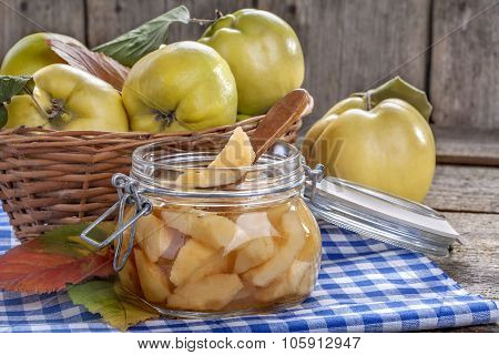 canned quince