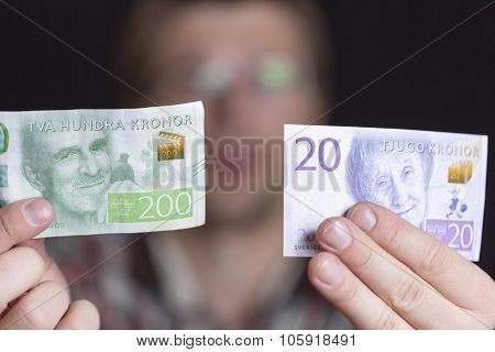 Swedish 200 And 20 Krona Notes