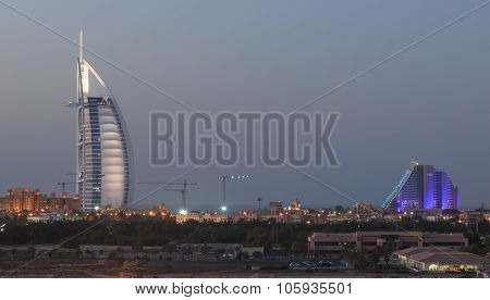 Dubai, United Arab Emirates - October 8, 2014: A Night Shot Of Dubai's Most Well Known Landmarks : T