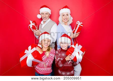 Four Relatives - Excited Siblings And Married Elder Couple Of Grandad And Granny With Presents, In K