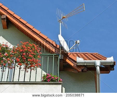 Antennas on the roof of a building