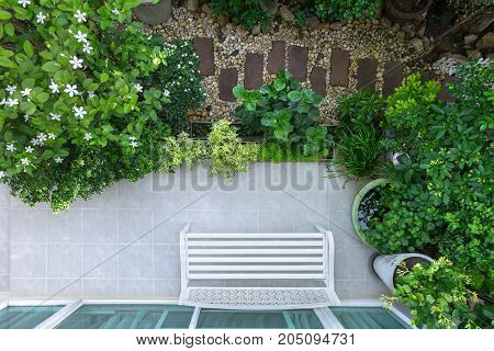 High angle view of the beautiful landscaping and surrounded by nature in the residence.