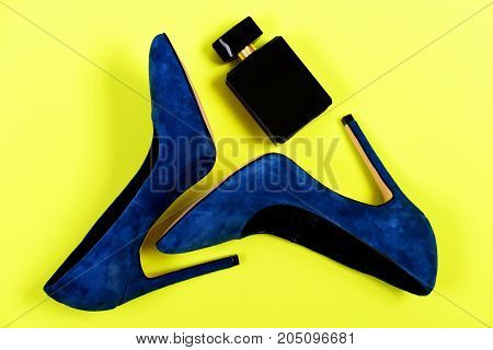 Purse And Shoes In Dark Blue Color With Black Perfume