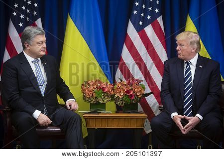 Donald Trump And Petro Poroshenko On Un Summit