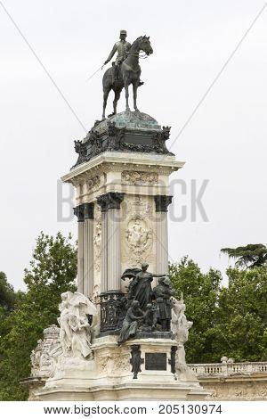 Alfonso XII Monument at the Parque del Retiro in Madrid. Buen Retiro Park (Parque del Buen Retiro)
