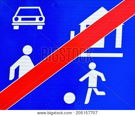 End of the residential area traffic sign