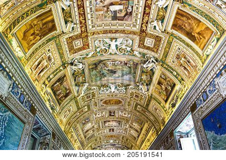 beautiful decoration of the ceiling in the Vatican Italy 2017-08-17