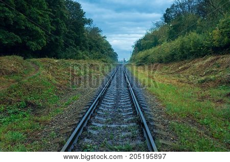 Railway rails that go to the distance