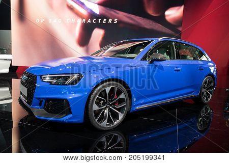 New Audi Rs4 Avant Car