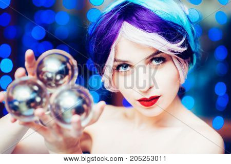 Beautiful Girl Demonstrates Juggling With Transparent Balls