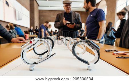 New Apple Watch Series 3 Apple Genius, Watches Row