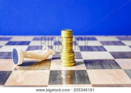 Coins Are Formed Like A King On A Chessboard.