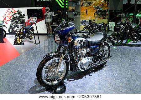 Bangkok Motor show Thailand Muang Thong Thani - March 302017 : Kawasaki motor show boothW 800 classic.