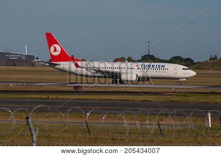 Copenhagen August 2013: Turkish Airlines Boeing 737-800 Takeoff From Copenhagen Airport