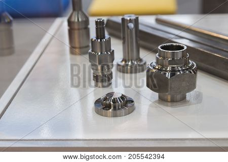 Stainless steel parts made from bar by bar feeder and machining process