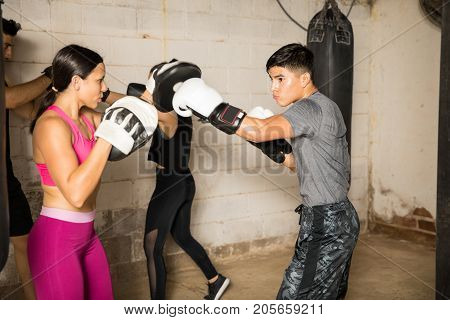 Using Boxing Mitts For Training