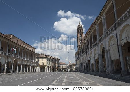 Faenza (Forli Cesena Emilia Romagna Italy): exterior of historic buildings in the main square of the city Piazza del Popolo