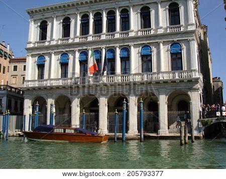 Venice Palaces Gondola Carnival Holiday Channels venice italy gondola palace canal carnival architecture historic holiday