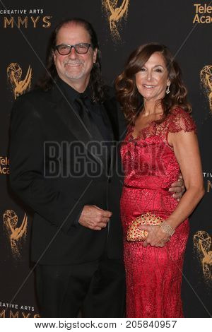 LOS ANGELES - SEP 9:  Glen Weiss at the 2017 Creative Emmy Awards at the Microsoft Theater on September 9, 2017 in Los Angeles, CA