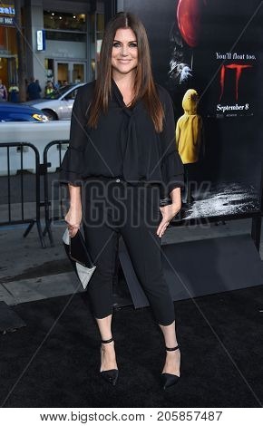 LOS ANGELES - SEP 05:  Tiffani Thiessen arrives for the 'IT' World Premiere on September 5, 2017 in Hollywood, CA