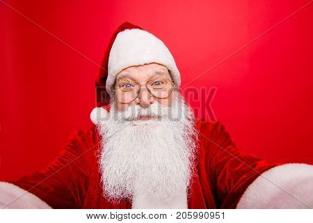 Making Holly Jolly X Mas Noel Festive Memories. Close Up Of Funny Saint Nicholas Photographer In Red