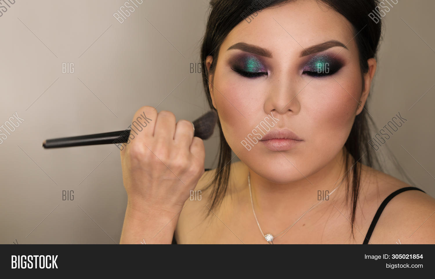 Makeup Artist Working Image Photo