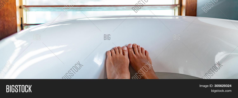 Feet Selfie Bathtub Image & Photo (Free Trial) | Bigstock