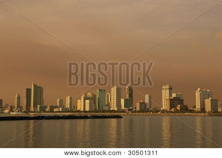 afternoon-cityscape