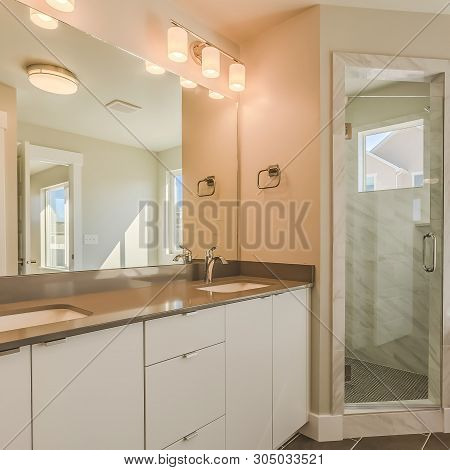 Square Modern Bathroom Interior With Double Sink Vanity Glass Door Shower And Bathtub