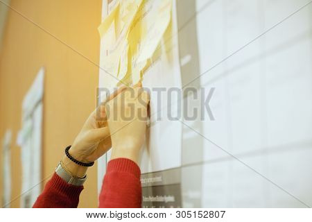 Close Up Creative Hand Holding Note Sticky For Brainstorm Strategy Workshop Business, Post It Notes