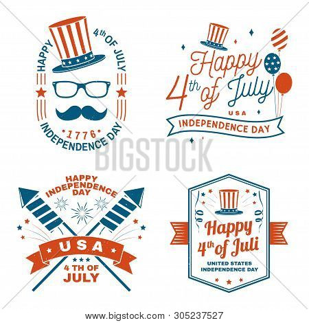 Set Of Vintage 4th Of July Design In Retro Style. Fourth Of July Felicitation Classic Postcard. Inde