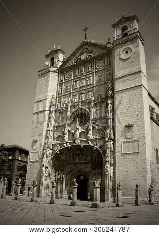 Church Of San Pablo Xv-xvii Centuries In Valladolid, Castilla Y Leon, Spain