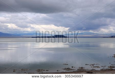 Tufa reflections in Mono lake, California