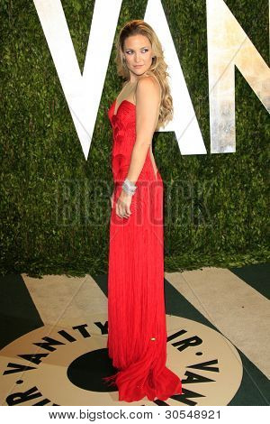LOS ANGELES - FEB 26:  Kate Hudson arrives at the 2012 Vanity Fair Oscar Party  at the Sunset Tower on February 26, 2012 in West Hollywood, CA