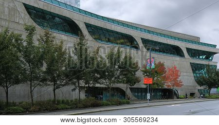 Surrey, British Columbia/canada - October 22: The City Central Library, [october 22, 2018] In [surre